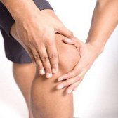 5 huiles essentielles pour le traitement de l'huile essentielle pour les douleurs articulaires