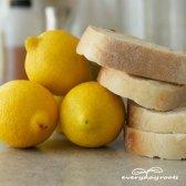 Comment utiliser le pain et le citron pour enlever les callosités et les cors