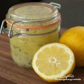 Simple maison sel et citron gommage