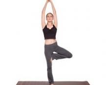 Yoga pose l'autonomisation des femmes