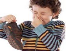 Top 6 des remèdes maison pour les odeurs de pieds